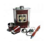 Набор с фляжкой (232мл), стаканами, брелоком-компасом, воронкой, ручкой